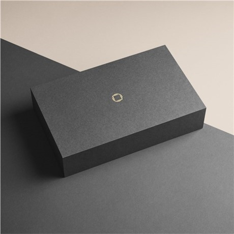 carl-edmond-produktfotografier-xmas-golden-ticket-1080-1080-01-900x0-c-default.jpg